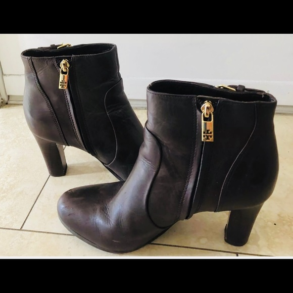 c3b8a4848cd Tory Burch Brown Ankle Boots Booties Size 8. M 5ac6d2e28290afdd513c912a